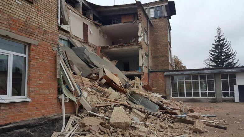 Вице-премьер Геннадий Зубко срочно выехал вВасильков, где обрушилась школа