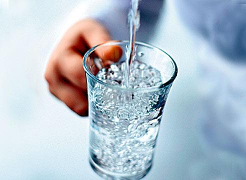 Вода на Оболони, очищенная «по-европейски», оказалась непригодной для питья — вопреки обещаниям Кличко
