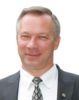 Глава Экспертного Совета Гильдии Риэлторов Украины, директор агентства недвижимости  Город - Сергей Шкилев