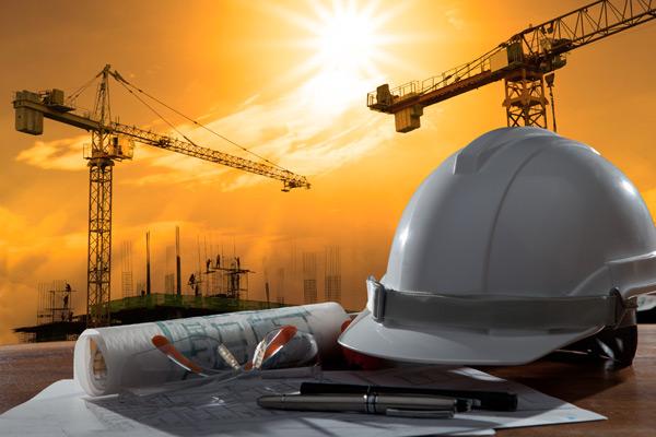 Руководитель Якутии поздравил строителей региона спрофессиональным праздником
