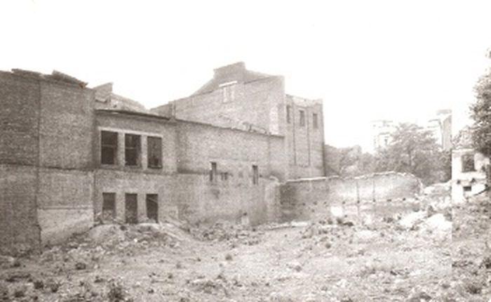 15 лет зданием никто не занимался, и от него остались лишь руины
