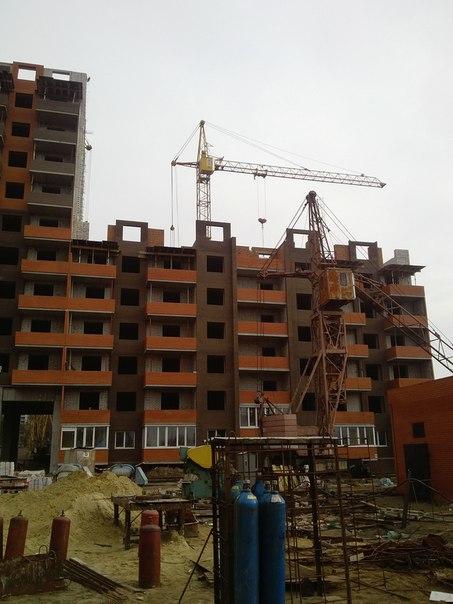 Кирпичная кладка стен 7 этажа