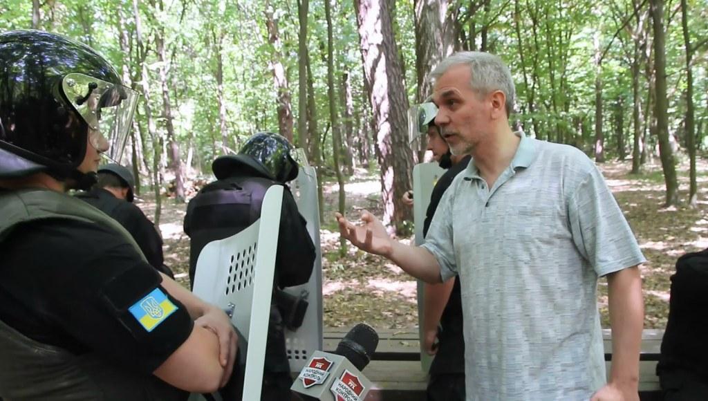 Забор вокруг захваченной земли в Чернечьем лесу должны снести