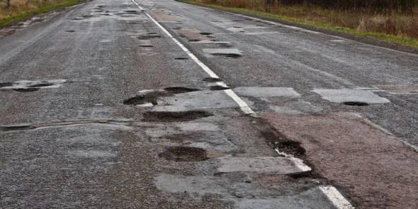 Ремонт дорог в области: нового асфальта хватило на полгода